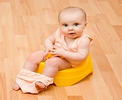 Bebeklere Tuvalet Eğitimi Verilirken Kullanılabilecek Pratik Ürünler