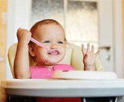 Bebekler Ne Zaman Çatal Kaşıkla Beslenebilir?